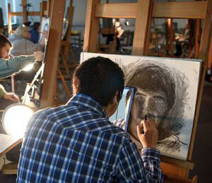 Art student in drawing class