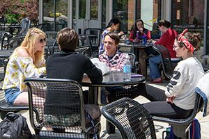 Three Rivers Students eating outside