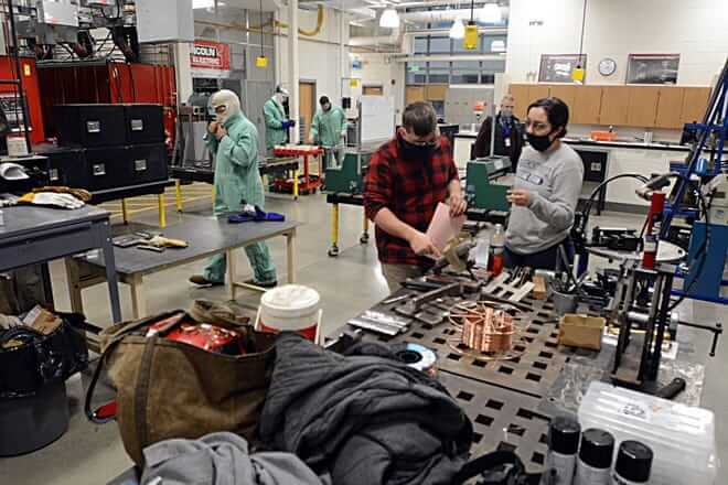 manufacturing students